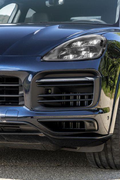 2020 Porsche Cayenne GTS coupé 231