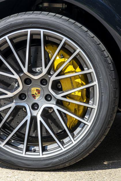 2020 Porsche Cayenne GTS coupé 239