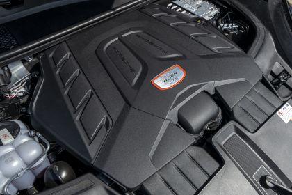 2020 Porsche Cayenne GTS coupé 251