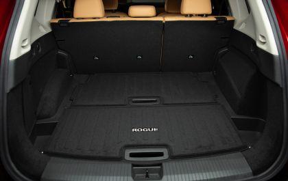 2021 Nissan Rogue 32