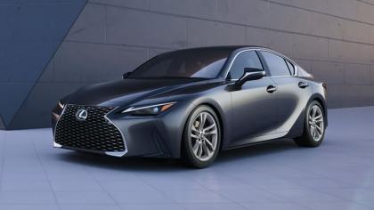 2021 Lexus IS 300 9