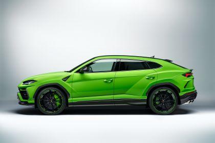 2021 Lamborghini Urus Pearl Capsule 5