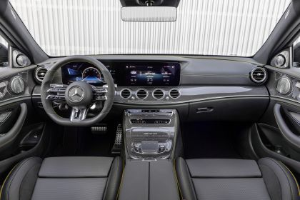 2021 Mercedes-AMG E 63 S 4Matic+ 23