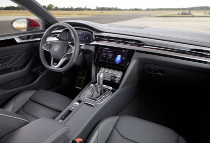2020 Volkswagen Arteon Shooting Brake eHybrid R-Line 13