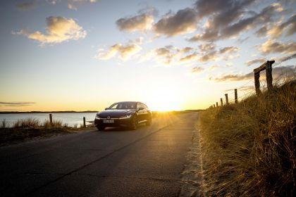 2020 Volkswagen Arteon Shooting Brake R 50
