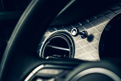 2021 Bentley Bentayga 17