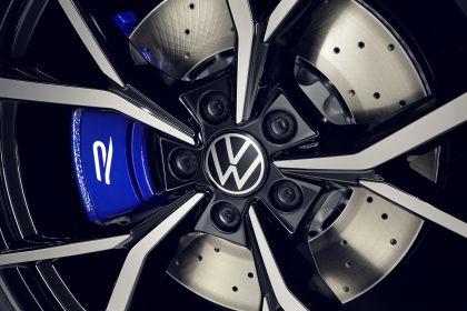2021 Volkswagen Tiguan R 8