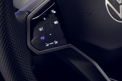 2021 Volkswagen Tiguan R 12