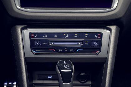 2021 Volkswagen Tiguan R 13