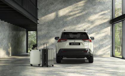 2020 Suzuki Across 12