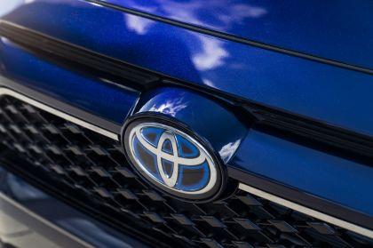 2021 Toyota RAV4 Prime SE 10