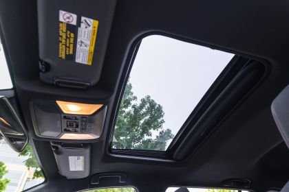 2021 Toyota RAV4 Prime SE 21
