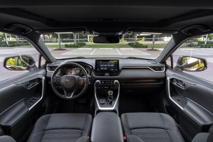 2021 Toyota RAV4 Prime SE 24