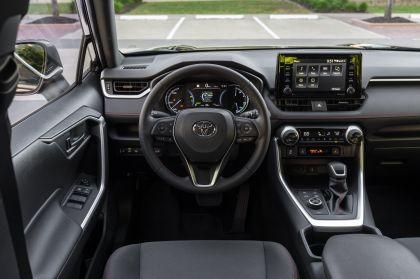 2021 Toyota RAV4 Prime SE 26