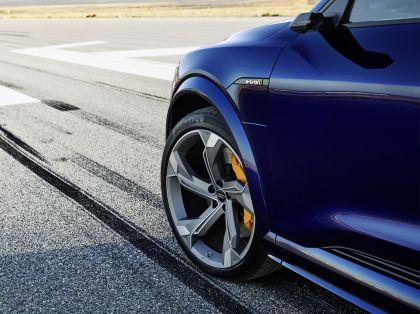 2021 Audi e-tron S 34