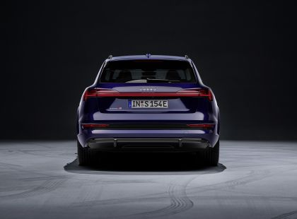 2021 Audi e-tron S 42