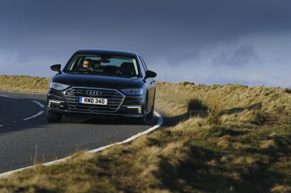 2020 Audi A8 L 60 TFSI e quattro - UK version 43
