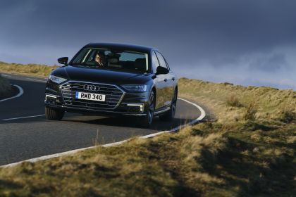 2020 Audi A8 L 60 TFSI e quattro - UK version 44