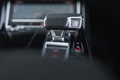 2020 Audi A8 L 60 TFSI e quattro - UK version 101
