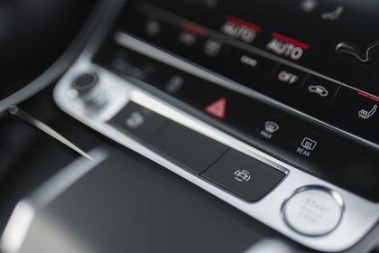 2020 Audi A8 L 60 TFSI e quattro - UK version 105
