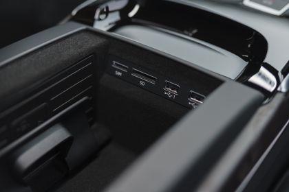 2020 Audi A8 L 60 TFSI e quattro - UK version 119