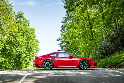2020 Porsche 911 ( 992 ) Turbo S - UK version 14