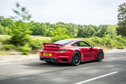 2020 Porsche 911 ( 992 ) Turbo S - UK version 18