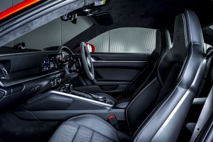 2020 Porsche 911 ( 992 ) Turbo S - UK version 33