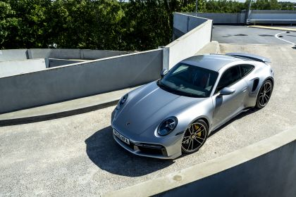 2020 Porsche 911 ( 992 ) Turbo S - UK version 61