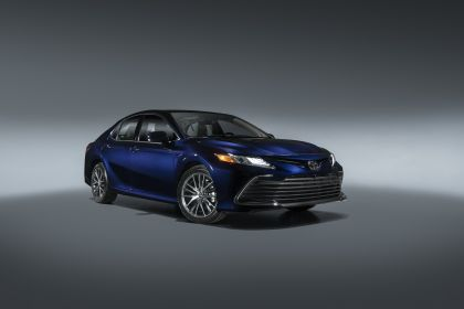 2021 Toyota Camry XLE 1