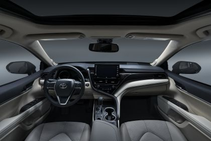 2021 Toyota Camry XLE 9