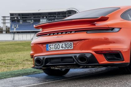 2020 Porsche 911 ( 992 ) Turbo 63