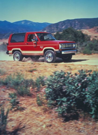 1984 Ford Bronco II 3