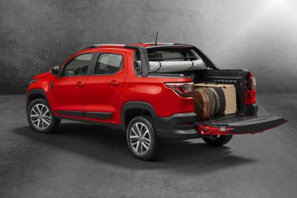 2020 Fiat Strada Volcano Cabine Dupla 1.3 13