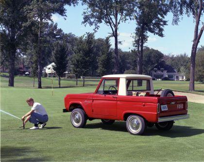 1966 Ford Bronco pickup 2