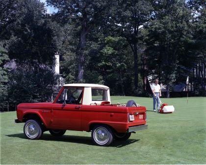 1966 Ford Bronco pickup 4