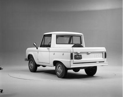 1966 Ford Bronco pickup 12