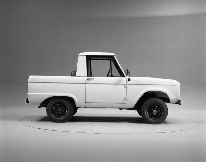 1966 Ford Bronco pickup 14