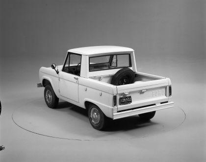 1966 Ford Bronco pickup 25