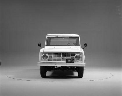 1966 Ford Bronco pickup 26