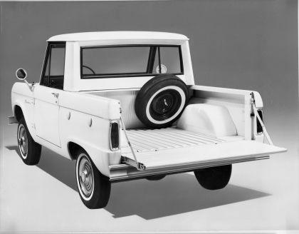 1966 Ford Bronco pickup 33