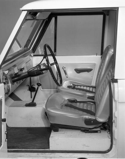 1966 Ford Bronco pickup 38