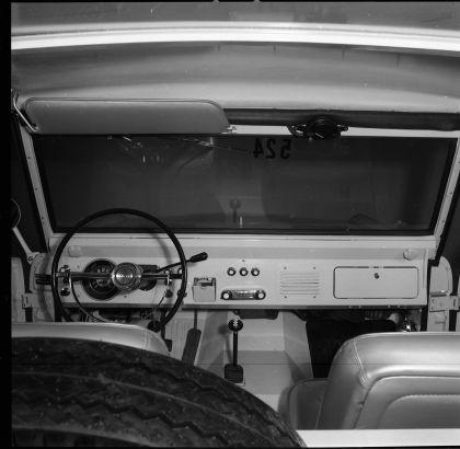 1966 Ford Bronco pickup 39