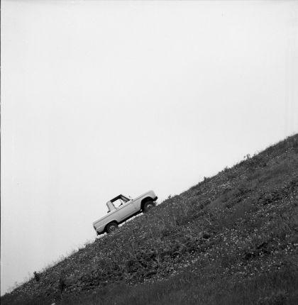 1966 Ford Bronco pickup 44