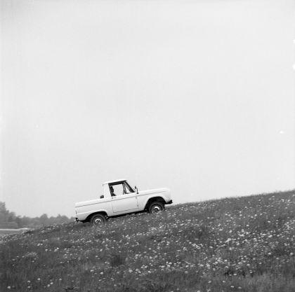 1966 Ford Bronco pickup 45