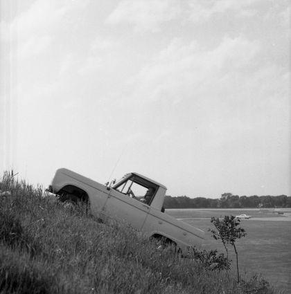 1966 Ford Bronco pickup 48
