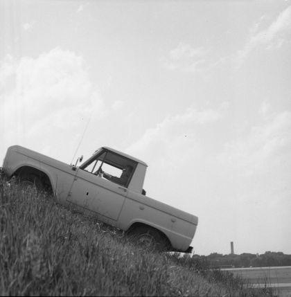 1966 Ford Bronco pickup 53