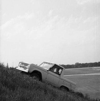 1966 Ford Bronco pickup 57