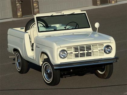 1966 Ford Bronco roadster 2
