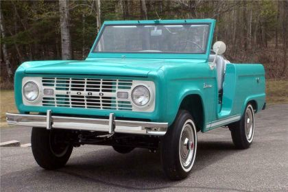 1966 Ford Bronco roadster 4